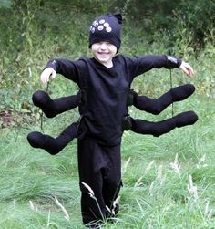Homemade Costume Week: Spider DIY from the Dollar Store.