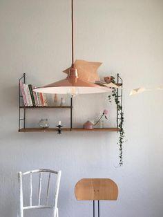 ***Shelfie-Liebe!*** #vintage  #DIY #stringshelf #DIYstringshelf #shelfie #homestory #scandinavianhome #minimalismus #hygge #interior #living #wohnen #wohnideen #einrichten #interior #COUCHstyle
