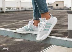 adidas FLB Runner W (Ftwr White   Tactile Green   Clear Grey)   asphaltgold  Adidas 5013749654