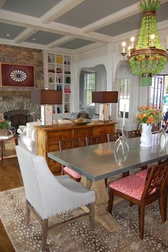 this will be my living room/dining room set up. And the big chandelier Luxury Dining Room, Elegant Dining Room, Elegant Home Decor, Elegant Homes, Diy Home Decor, Dining Rooms, Room Decor, Dining Area, Kitchen Dining