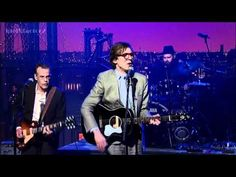 Justin Townes Earle - Look the Other Way - David Letterman  2-28-12...As Seen On ©CBS, All Rights Reserved.    Justin's Website: http://www.justintownesearle.com/    CBS Letterman Website: http://www.cbs.com/late_night/late_show/    Letterman Playlist: http://www.youtube.com/playlist?list=PL0643D1401CFC7C18    What Happen To The Original IdolXfa...