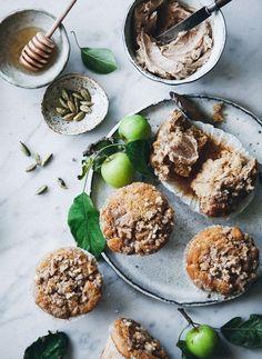 Spiced Apple Muffins with Streusel Topping & Cinnamon Honey Butter - Call Me Cupcake Pumpkin Pie Oatmeal, Moist Pumpkin Bread, Croissants, Baking Recipes, Dessert Recipes, Muffin Recipes, Desserts, Cinnamon Honey Butter, Apple Cinnamon