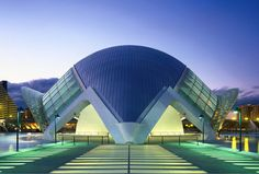 unique eye catching decor | Hemisfèric: An Eye-Catching Architectural Masterpiece In Valencia ...