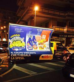 la tua pubblicità, dove vuoi tu - visibile anche quando fuori è buio. Servizio camion vela pubblicitario.  Dimensioni: 6x3 metri o 4x3 metri http://www.santorografica.com/camion-vela.php #servizio #camion #vela #pubblicitario #santorografica #pubblicità #dovevuoi