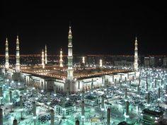 Madina The Prophet's Mosque Mecca Wallpaper, Islamic Wallpaper, Medina Saudi Arabia, All God Images, Al Masjid An Nabawi, Mecca Islam, Medina Mosque, Islamic Society, Madina