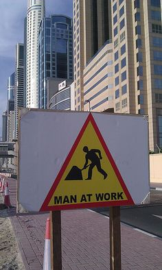 Dubai Working Man, Dubai, Signs, Funny, Shop Signs, Sign, Ha Ha, Hilarious, Entertaining