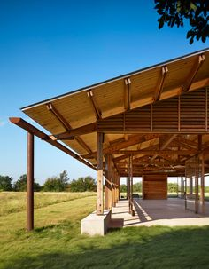 Exposed timber structure Oversized Coreten gutter Josey Pavilion by Lake|Flato