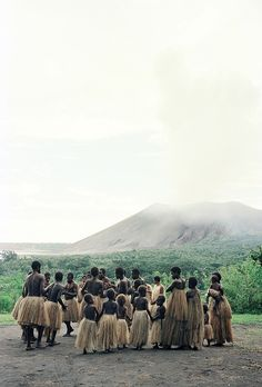 More volcanoes, more Oceania. Vanuatu, Tonga, Places To Travel, Places To See, Travel Destinations, Cook Islands, Fiji Islands, Solomon Islands, Tahiti