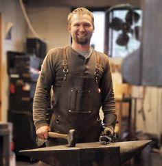 WSHG.NET | Burnett Forge — Striking While the Iron Is Hot | Featured, People & Places | December 9, 2014 | WestSound Home & Garden