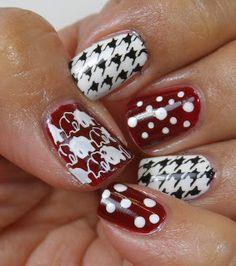 Alabama Crimson Tide Nails by theresa Crimson Tide Football, Alabama Crimson Tide, Alabama Football Nails, Buckeyes Football, College Football, Fingernail Designs, Nail Art Designs, Nails Design, Alabama Nail Art