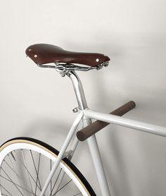 wooden-bikehook-walnut-fluo04