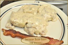 Make thick, creamy Southern BACON Gravy for biscuits- from scratch! Easy to make, and tastes absolutely DELICIOUS! /Southern Bacon Gravy (For Biscuits) / The Grateful Girl Cooks! Breakfast Gravy, Breakfast Dishes, Breakfast Recipes, Breakfast Casserole, Breakfast Ideas, Sweet Potato Biscuits, Biscuits And Gravy, Best Gravy Recipe For Biscuits, Easy Gravy