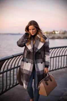 Sunset In NYC - Gal Meets Glam