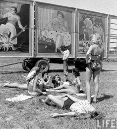 Circus girls by photographer Nina Leen