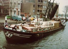 Secunda - a Dutch Clipper barge - owned by Inland Waterways until 1989