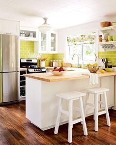In Love With The Green Apple Color Tile Backsplash (Samantha Pynn).