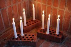 Fireplace Candlesticks: Old bricks with white candles by Anna Lidström White Candles, Diy Candles, Diy Candle Holders, Candle Lanterns, Sweet Home, Diys, Diy Projects, Diy Crafts, Crafty