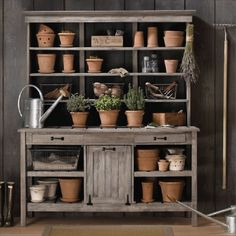 Backyard Garden Shed Potting Tables 40 Ideas For 2019 Station D'empotage, Potting Station, Potting Tables, Rustic Potting Benches, Rustic Hutch, Outdoor Potting Bench, Outdoor Buffet, Rustic Shelves, Dining Tables