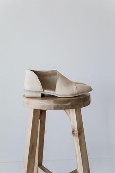 size 5.5 or 6 I LOVE THESE Freya Beige Pointed Toe Flats | Luca + Grae