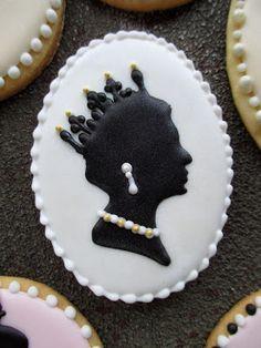 Decorated cookies. Queen Elizabeth silhouette-cookie.