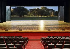 Palco Auditório do Ibirapuera Oscar Niemeyer, Town And Country, Concert Hall, Ping Pong Table, Modern Architecture, Opera House, Dining Table, Building, Furniture