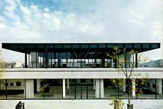 The temples of consumption: 126 years since the birth of Mies van der Rohe.