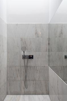 The Three Cusps Chalet | Tiago do Vale Arquitectos | Photo: João Morgado | Archinect