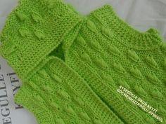 Kapşonlu Bebek Yeleği Modeli yapılışı - YouTube Baby Knitting Patterns, Knitting Stitches, Knitting Designs, Baby Turban, Crochet Baby, Knit Crochet, Princesa Charlotte, Moda Emo, Knitting Videos