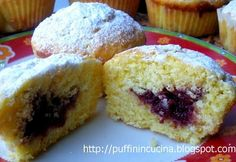 Muffin con farina di riso e cuore morbido di marmellata