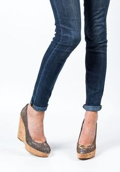 Womens Heels Gorgeous 3378891 Stuart Weitzman Corkswoon Metallic Fabric Wedge Pyrite