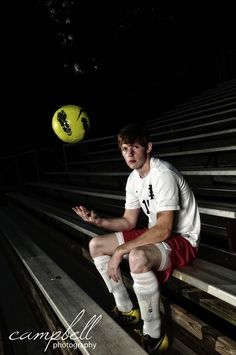 guys senior soccer portraits
