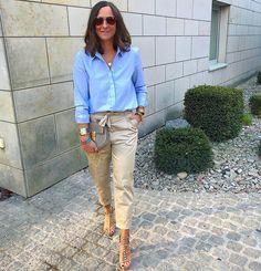 50 Moda e beleza: 8 looks lindos com calça clochard