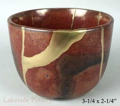 Kintsugi Pottery For Sale | Buy Kintsukuroi Art, Gold Repair - bowl, vase, teabowl. Buy Kintsugi / Kintsukuroi pottery gift for sale at our online gallery | A traditional Japanese art repairing broken ceramic with lacquer and gold effect | What is Kintsugi, it's meaning, where to purchase and how is it done?