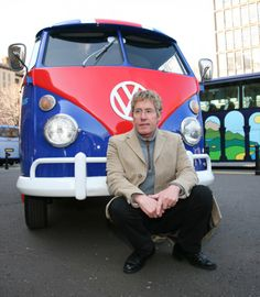 "The Magic Bus! - The Who, Volkswagen Nutzfahrzeuge und Teenage Cancer Trust verlosen den VW-Kult-Bulli ""Magic Bus"""