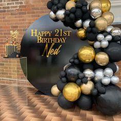 Birthday Balloon Decorations, Diy Wedding Decorations, Birthday Balloons, Happy 21st Birthday, 60th Birthday Party, Birthday Goals, Black Balloons, Latex Balloons, Graduation Party Decor