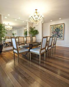 Apartamento en Sao Paulo invierte en tonos neutros y una decoración clásica
