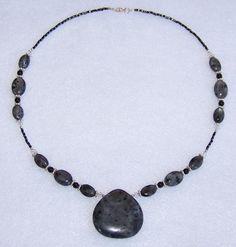 Beaded Necklace Ideas   Handmade Beaded Jewelry Designs