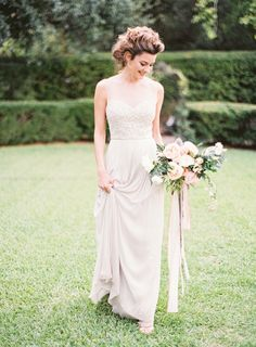 We know Wedding Sparrow favourite, Kayla Barker Fine Art Photographyalways delivers such beautiful work so we weren't surprised in the slightest to see this stunning Spring wedding inspiration cre...