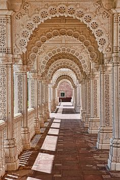 Arc of one of the monument of India. Arc of one of the monument of India. Architecture Design Concept, Architecture Antique, Indian Temple Architecture, Art Et Architecture, Islamic Architecture, Futuristic Architecture, Beautiful Architecture, Cultural Architecture, Classification Des Arts