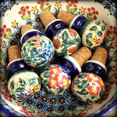 Corks by Polish pottery. Want them all :) http://slavicapottery.com