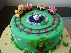 train cake!