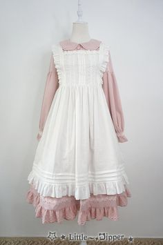 Little Dipper You Can Have Freedom apron preorder Pretty Outfits, Pretty Dresses, Beautiful Dresses, Cool Outfits, Kawaii Fashion, Lolita Fashion, Girl Fashion, Vintage Dresses, Vintage Outfits