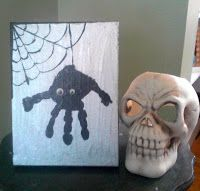 Homemade Mamas: Handprint Spider Art