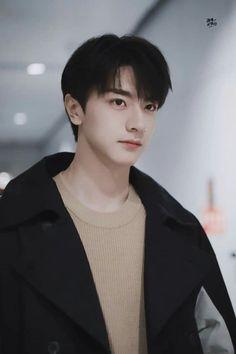 Most Handsome Actors, Handsome Boys, Asian Actors, Korean Actors, Sung Hoon My Secret Romance, Chinese Tv Shows, Korean Boys Ulzzang, Boy Face, Cute Celebrities
