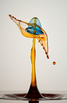 Interesting photography of ink droplets - Curved Hat by Cymaii, via Flickr