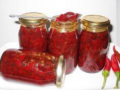 Dulceata de ardei iute - imagine 1 mare Romanian Food, Romanian Recipes, Preserves, Pickles, Chili, Cooking Recipes, Jar, Drinks, Cooking