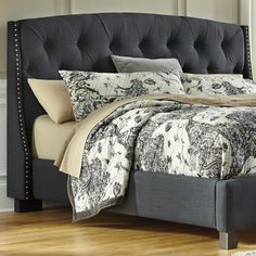 In LOVE with this headboard on the Kasidon Queen Bed by Ashley Furniture. This bed is definitely perfect for a teen girl's bedroom!