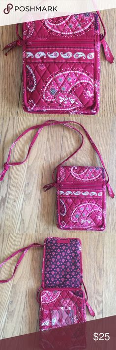 "Cute Vera Crossbody. 💋 Red paisley print Vera Crossbody, in great condition.  Measures 8"" X 5"". Vera Bradley Bags Crossbody Bags"