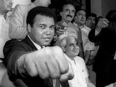 #Boxing #Legend #MuhammadAli Passes Away.#sports #share #write  #vitorr #startup #signup #RIP #Boxing #TheGreatest #RIPMuhammadAli #Legend #Goat #RIPAli #Boxer #CassiusClay #RIPChamp #BoxingLegend #floatlikeabutterflystinglikeabee #MohamedAli #Boxe #Champion #محمد_علي_كلاي #TheGreatestOfAllTime #Boxeo #HeavyWeight #كلُايّ