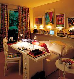 """Interesante forma de aprovechar el espacio... """"The Cozy Bedroom"""""""